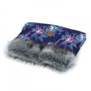 Prémium szőrmés babakocsi kézmelegítő - Kék virágos