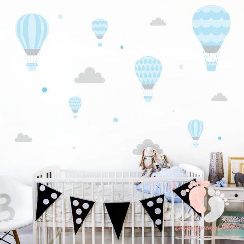 Design falmatrica - Kék léggömbök szürke felhőkkel