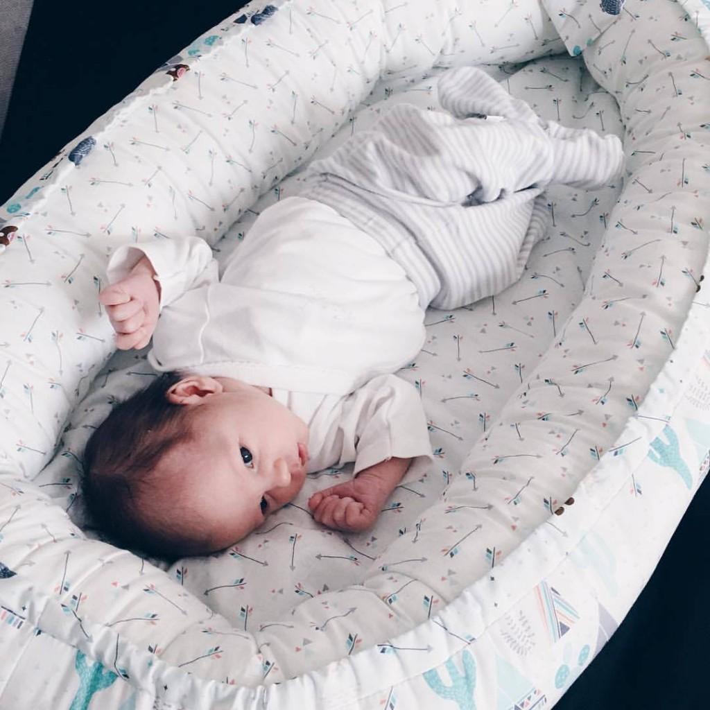 Könnyű álom babafészek